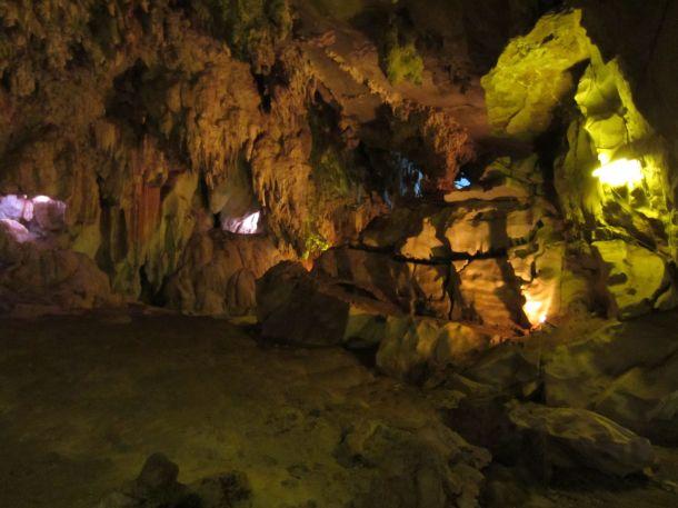 Cave, Laos