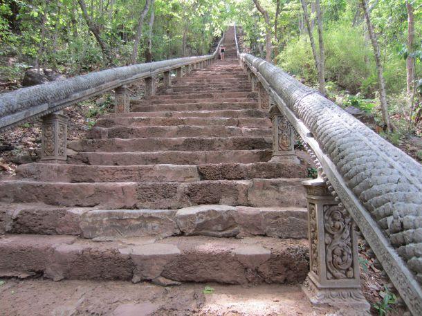 Phnom Banan steps